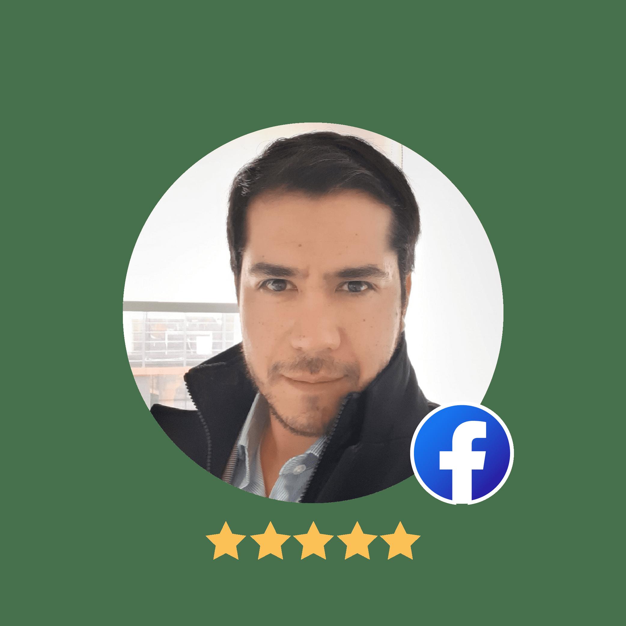 Cliente de Grupo Premium Claudio Cuevas